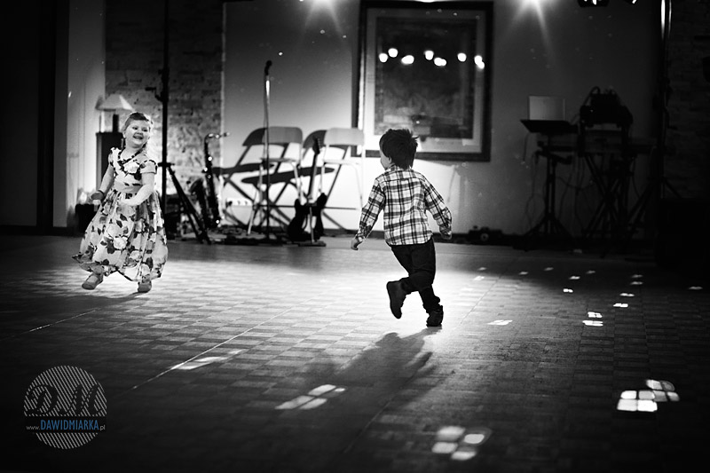 Zdjęcia ślubne dzieci w tańcu - Kęty