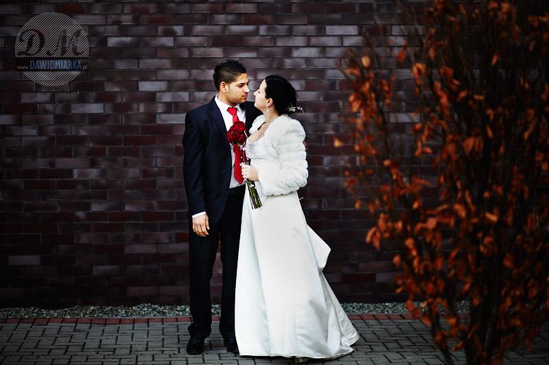 Romantyczne zdjęcia ślubne z pleneru